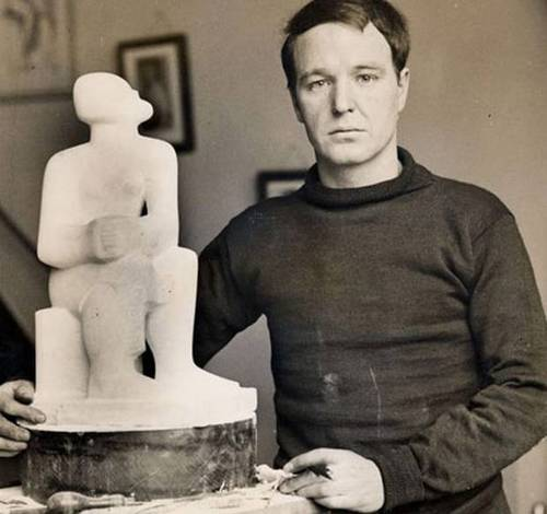 a biography of henry spencer moore a sculptor Biography of tom dixon imagesjpg  henry moore, full name henry spencer moore (30 july1989 -31 august 1986) was an english sculptor and artist.